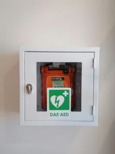 Installato presso la sede centrale di Dueville (VI) un defibrillatore DAE